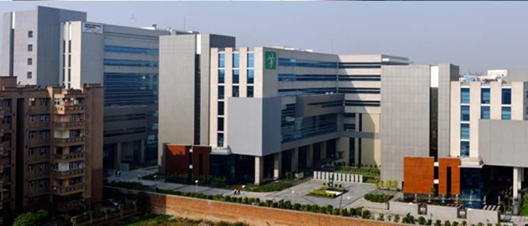 Green Boulevard Noida Sector-62