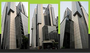 8 Square in Noida
