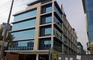 factory for rent in Hosiery Complex Noida